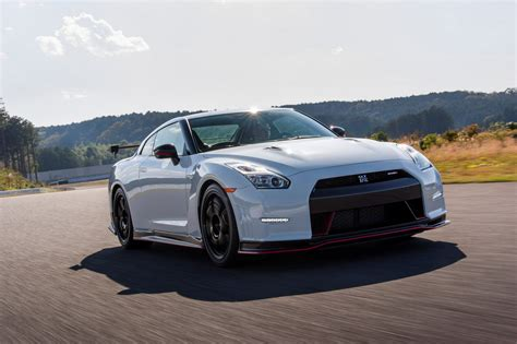 skyline nissan 2015 2015 nissan gt r nismo review top speed