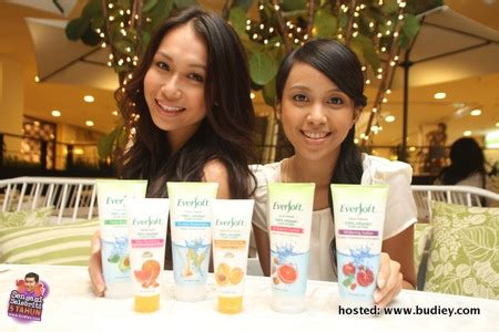 Mesin Scrubbing Malaysia eversoft lancar produk pembersih muka scrub terbaru sensasi selebriti