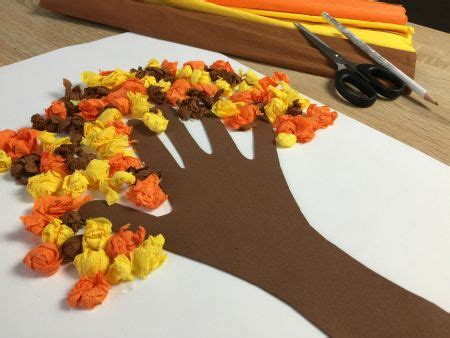 fiori carta crespa bambini carta crespa usiamola per realizzare lavoretti creativi