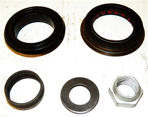 dodge pinion seal kit   dodge ram    front axle differential