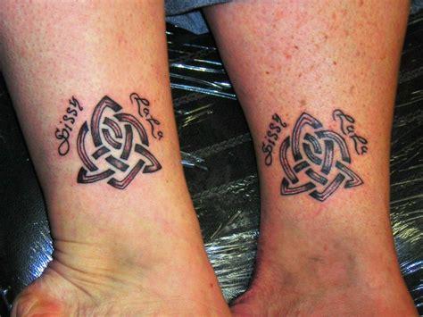 15 ideen kleine tattoos f 252 r schwestern 187 tattoosideen com