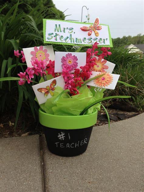 Gift Card Bouquet Ideas - gift card bouquet for teachers retirement gift