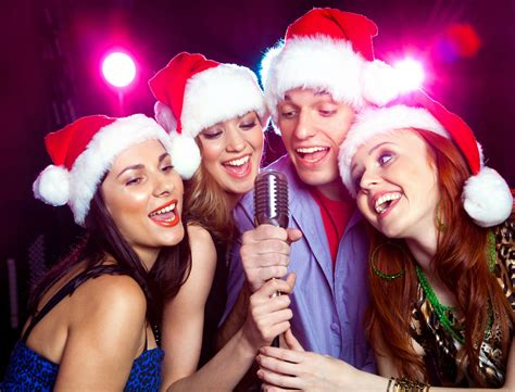 karaoke bar open christmas day full menu 9 99 or less
