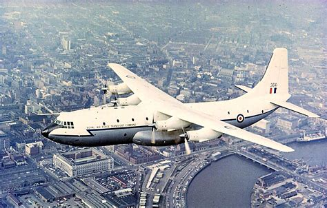 raf transport command a short belfast c1 xr364 raf transport command aircraft belfast aircraft and
