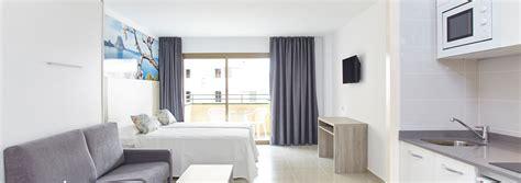 apartamentos baratos en ibiza alojamiento barato en san antonio ibiza mar i vent
