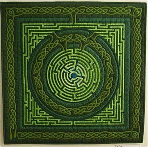 best 25 celtic quilt ideas on celtic knot