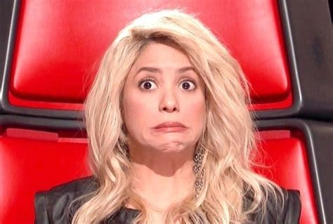 shakira hairstyles the voice shakira s awesome face on the voice week 2 music news