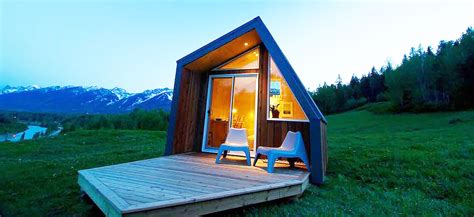 buy tiny house canada sublime tiny cabins in british columbia that can be installed within hours cobby by