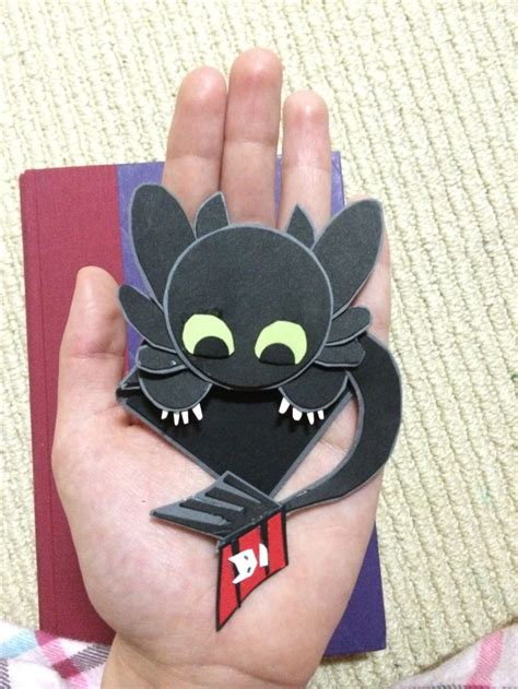 Toothless Origami - toothless corner bookmark easy and really