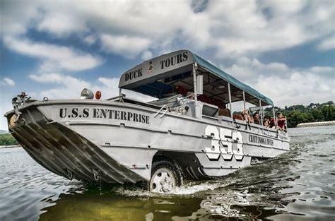 duck boat chattanooga chattanooga ducks tn omd 246 men tripadvisor