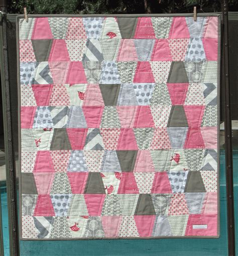 S Quilt And Sew by Sew Fantastic Tumbler Baby Quilt