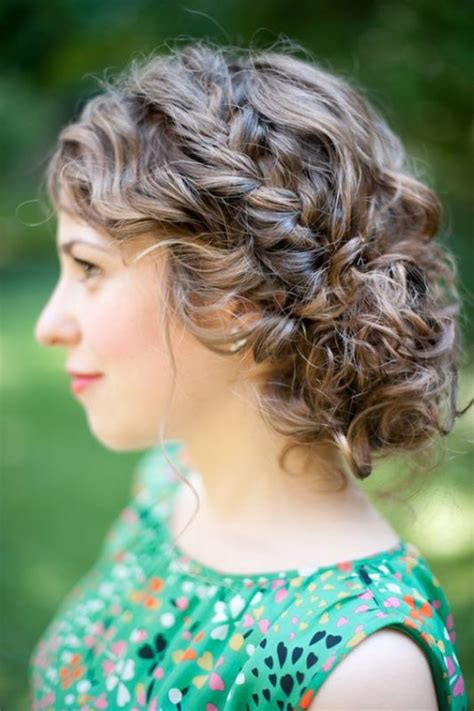 45 charming s wedding hairstyles for naturally curly hair weddingomania