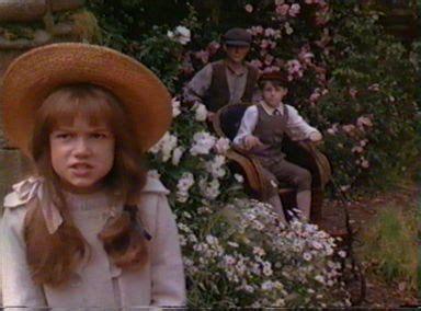 il giardino segreto personaggi looking back at the top 20 for the 90s child