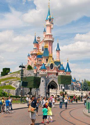 theme park kent 2018 paramount pictures plans 163 2bn hollywood inspired resort in