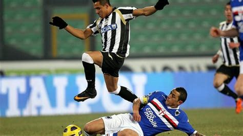 alexis sanchez udinese fifa addio serie a joevin fails to seduce udinese wired868