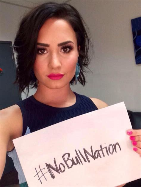 demi lovato stone cold türkçe demi lovato s gorgeous hairstyles her great performance
