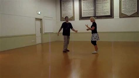 swing out dance lessons intermediate swing dance lindy hop lesson 10 count moves