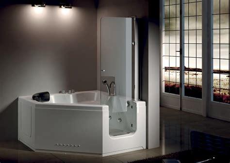 vasca da bagno con sportello vasca con sportello vasche per disabili e per anziani comode