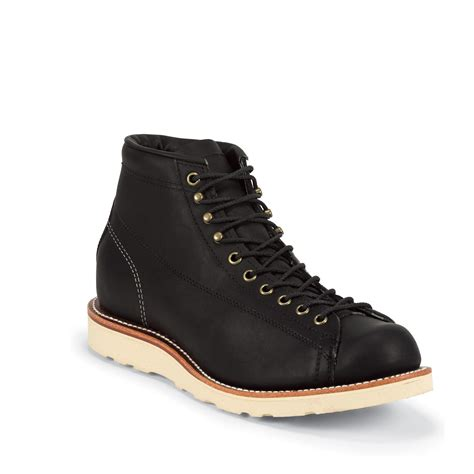 the black odessa boot by chippewa