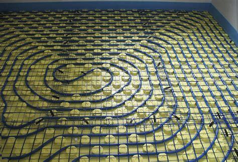 tappeti per riscaldamento a pavimento tappeto parquet riscaldamento pavimento idee per il