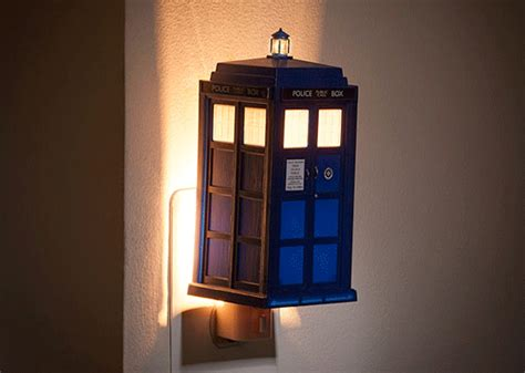 Doctor Who Thing Of The Day Tardis String Lights Night Tardis String Lights