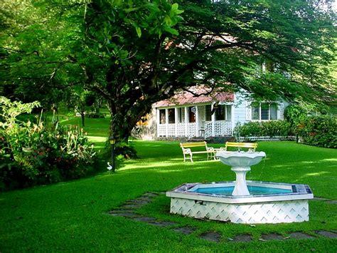 Imagenes Regando Jardines | fotos de jardines hermosos