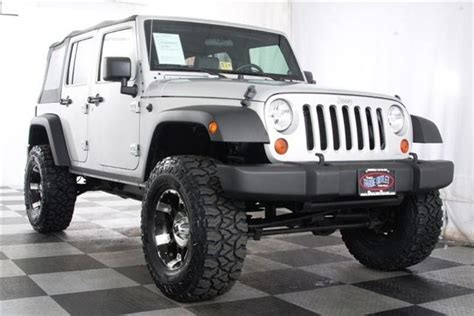 Jeep Wrangler Unlimited 35 Inch Tires 25 Best Ideas About 35 Inch Tires Su Jeep