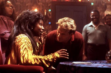 film ghost 1990 gratuit photo de whoopi goldberg ghost photo patrick swayze