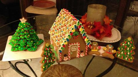 christmas cookie tree and gingerbread house abc13 com