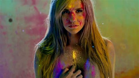 wallpaper girl ke ke ha take it off music video ke ha image 21876109