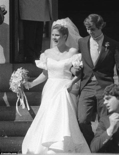 kathie lee gifford wedding inside the life of football great frank gifford daily