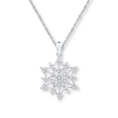 jared snowflake necklace 1 2 ct tw diamonds 10k white gold