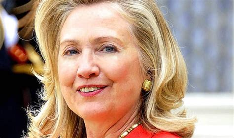 latest photos of hillary clinton long hair hillary clinton hasn t quite mastered how to do her own