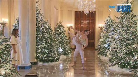 trump white house decor melania trump unveils white house christmas one news