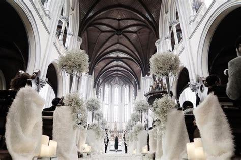 Kelopak Bunga Biru Mix Putih Id26 12 foto eksklusif pernikahan serba putih dewi