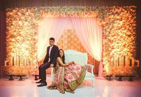 10 Gorgeous Wedding Reception Decorations Under ?20,000