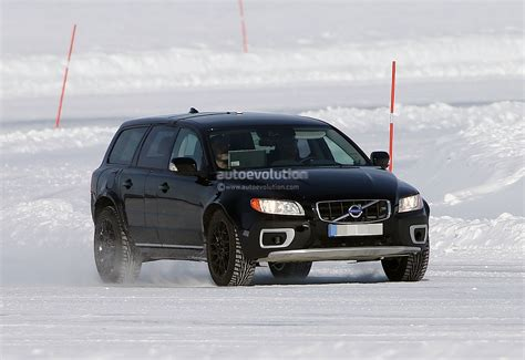 Spyshots New Volvo Xc90 Test Mule Autoevolution