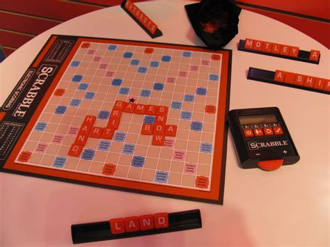 digital scrabble fair 2014 hasbro purple pawn