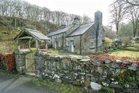cottage rentals uk cottages self catering cottages to rent across the