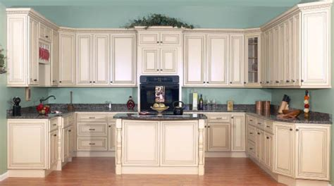 kitchen ideas with cream cabinets cream painted kitchen cabinets