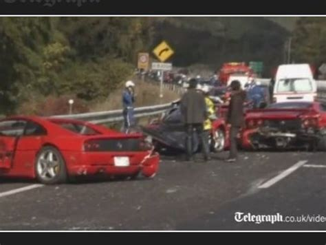 8 Ferrari Accident by Tr 232 S Cher Accident 8 Ferrari 3 Mercedes Une