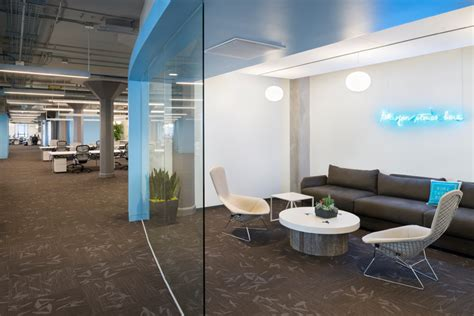 informal meeting room layout inside twitter s global headquarters by ia interior architects