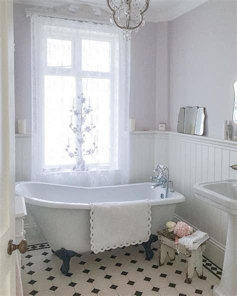 vintage bathrooms ideas  pinterest cottage