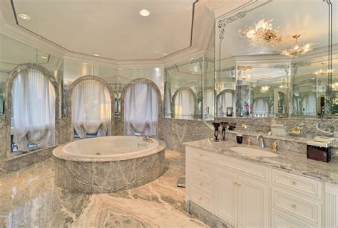 Bathrooms   Homes of the Rich