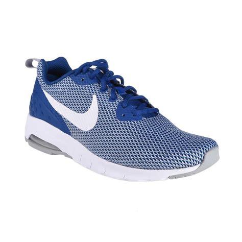 Nike Air Max Sepatu Running jual nike running air max motion low mesh sepatu lari