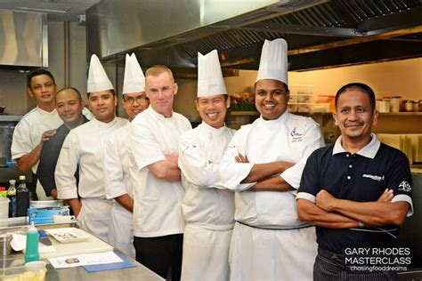 gary rhodes sweet dreams chasing food dreams uk celebrity chef gary rhodes cooks for malaysia airlines