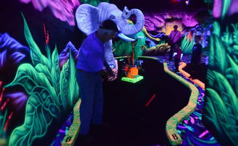 Black Light Miniature Golf Coming to Yard Birds   News