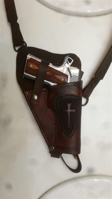 Handmade Leather Gun Holsters - best 25 holsters for 1911 ideas on colt 45