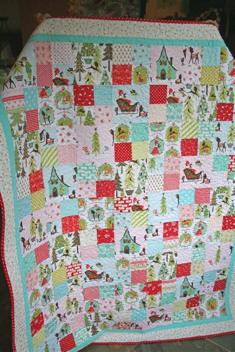 christmas patterns patchwork lovely little handmades the patchwork christmas quilt