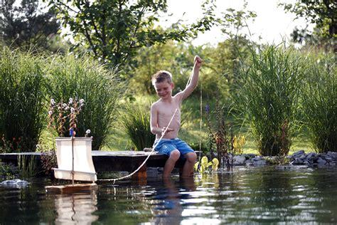 Garten Und Landschaftsbau Ludwigsburg by Naturnahe Gartengestaltung Mit Naturpool Lauterwasser